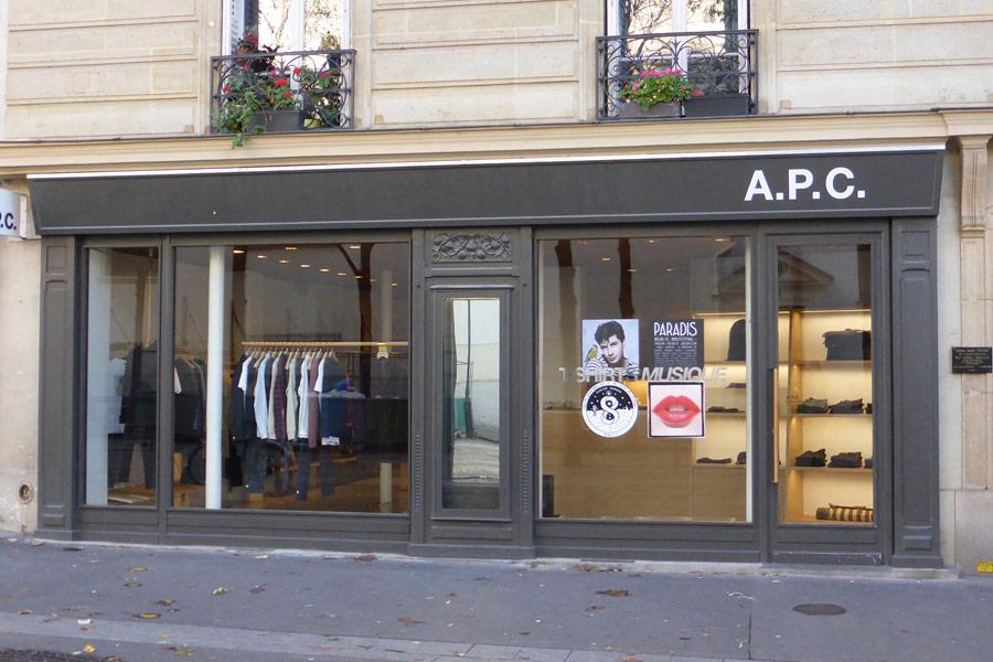 APC - Place du Docteur Felix de Lobligeois Paris 17